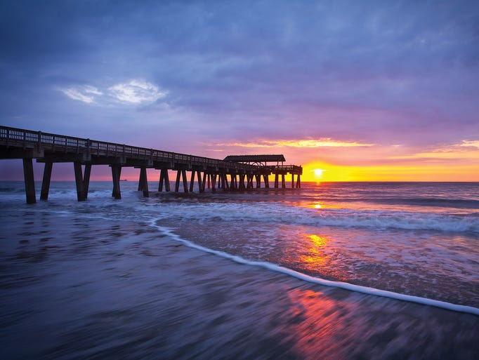 Explore the best beaches in georgia for Tybee island fishing pier