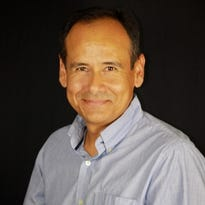Escritor colombiano Oscar Arenas.