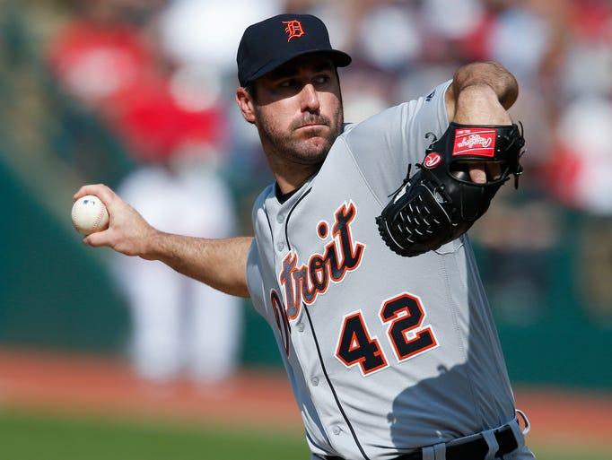 Tigers starting pitcher Justin Verlander delivers against