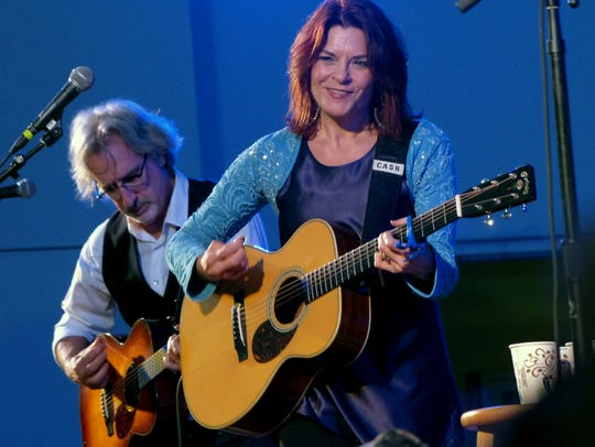 """Singer-songwriter Rosanne Cash's personal album, """"She Remembers Everything,"""" informs her current tour coming to Hanford Fox."""
