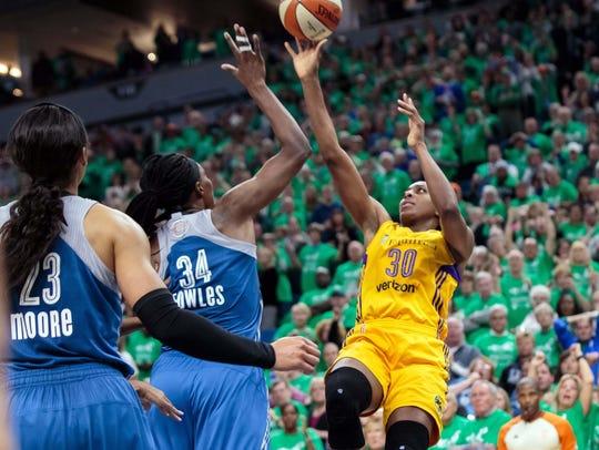 Los Angeles Sparks forward Nneka Ogwumike (30) hits