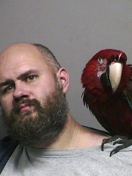 Oregon Arrest Macaw_Coop