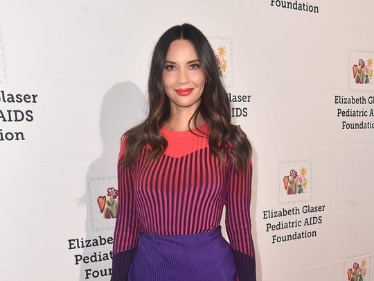 Olivia Munn is standing up to 'nauseating' fashion blogs for displaying 'blatant hypocrisy' in their comments on women's looks.