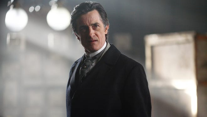 Roger Rees in a scene from the motion picture 'The Prestige.'