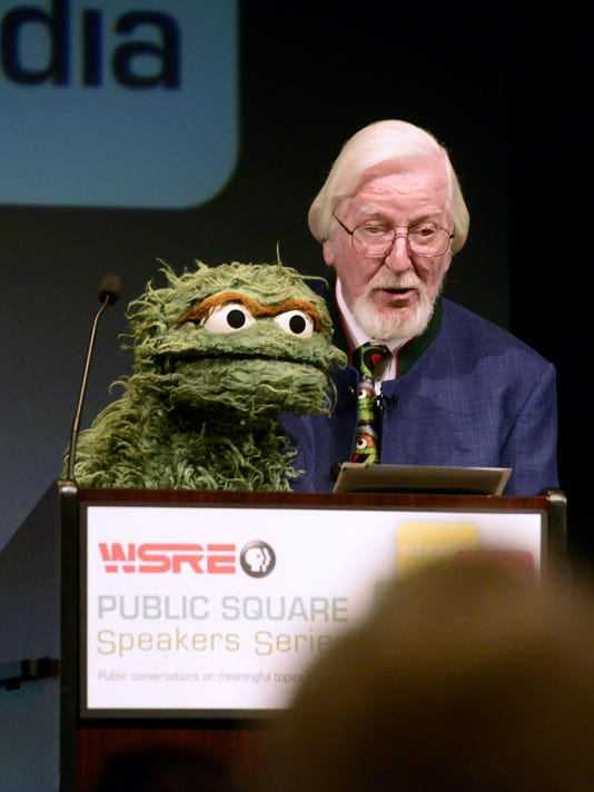 Puppeteer Caroll Spinney brings Oscar the Grouch to Pensacola