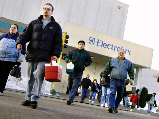 Electrolux lays off 190