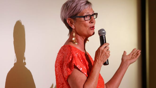 Debra Hovel speaks at the Coachella Valley Storytellers Project at the Palm Springs Art Museum on May 25, 2018.