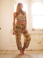 Earthly creates clothing using natural dyes from plants.