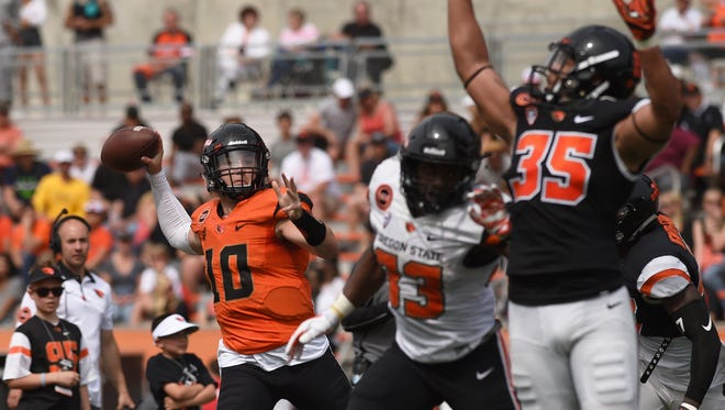 Darell Garretson (10) gives the Beavers experience at quarterback.