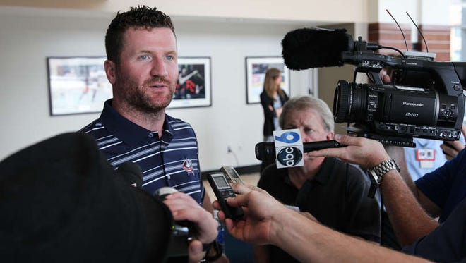 The Columbus Blue Jackets acquired winger Scott Hartnell for his gritty play.