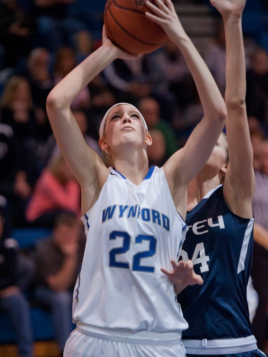 -BUC 0126 GBKB Carey at Wynford gamer_3.jpg_20150124.jpg