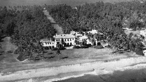 El Mirasol sat on the eastern side of some 40 acres of the estate of Ned and Eva Stotesbury.