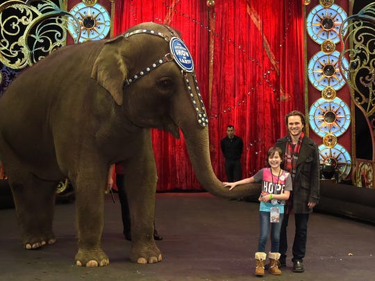 NASHVILLE, TN - JANUARY 23:  Jessica Meyer and Jonathan Jackson attend the Ringling Bros. Presents LEGENDS Nashville Celebrity Event on January 23, 2015 in Nashville, Tennessee.  (Photo by Rick Diamond/Getty Images for Feld Entertainment)