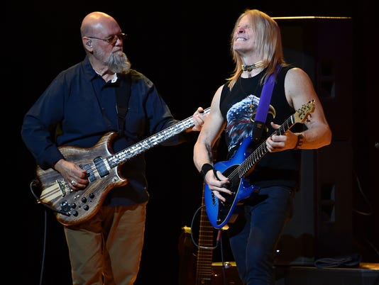 The Dixie Dregs In Concert - New York City