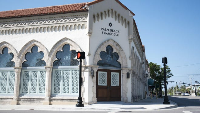 Palm Beach Synagogue will hold a virtual graduation Sunday for its Solomon Leadership Program.
