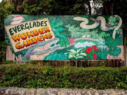 -Everglades Wonder Gardens sign.jpg_20140805.jpg