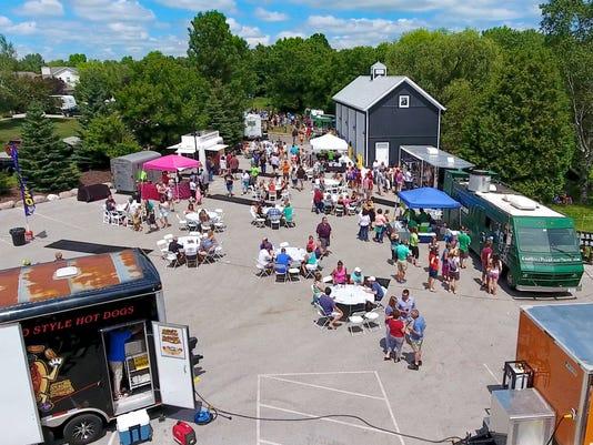 636621582452944684-Blind-Horse-Food-Truck-Festival-1.jpg