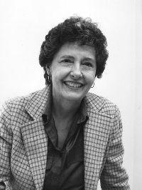 Joan Luedders Wolfe, 1929-2021.