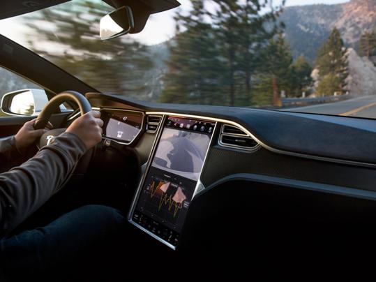 Driver Killed In Tesla Selfdriving Car Crash Ignored Warnings - Car driver
