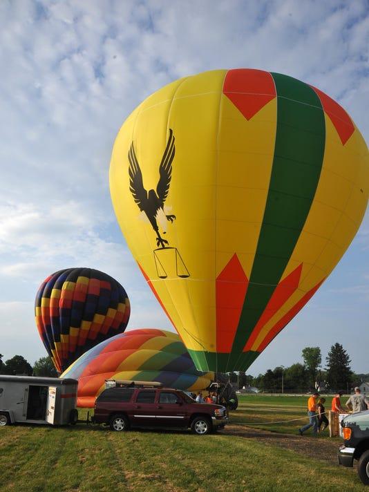 -35 cos 0607 Balloon launch.JPG_20150710.jpg