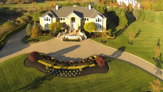 An aerial shot of Queen Latifah's Colts Neck mansion.