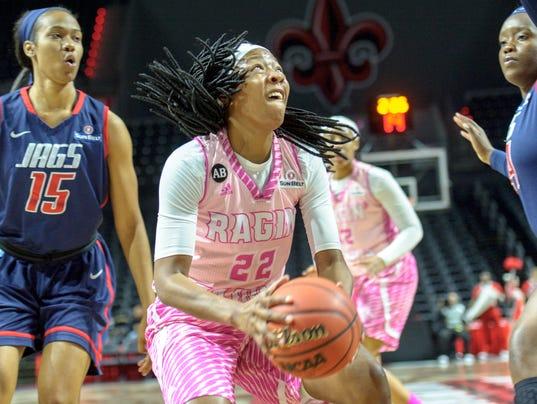 636222722883221375-Cajuns.South.Alabama.women.basketball.02.09-8317.jpg