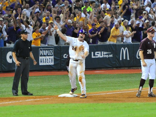 636327413645333029-LSU-Ms.State.baseball.saturday.06.10-5981.jpg