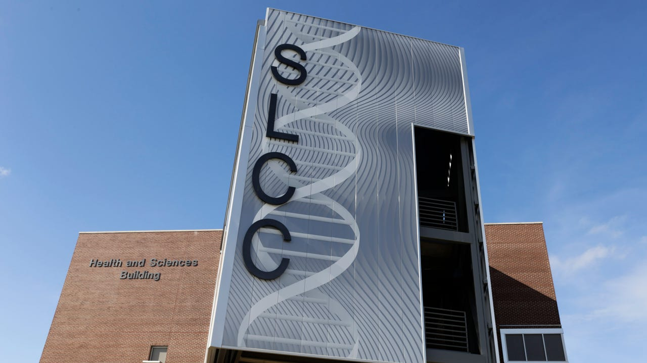 First day of classes at South Louisiana Community College's new Health and Sciences Building.
