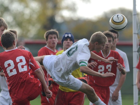 oak harbor soccer 2.JPG