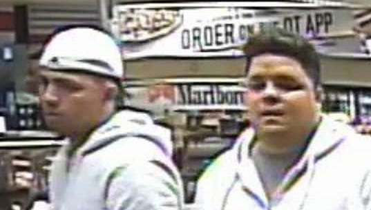 Des Moines Police are looking for two men suspected of trying to put credit card skimming devices at Des Moines QuikTrip gas stations.