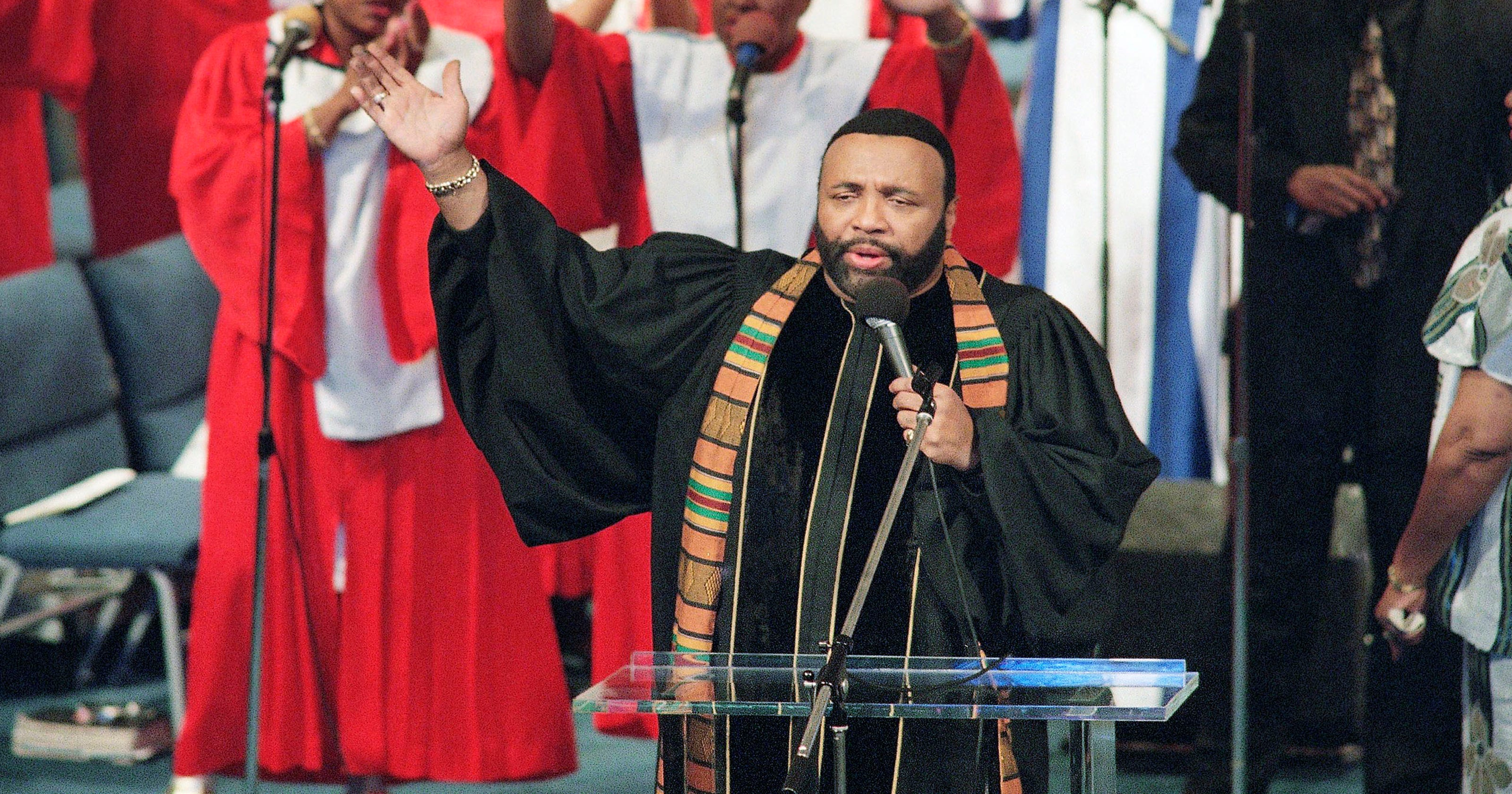 d03c50a6fc8 Andrae Crouch