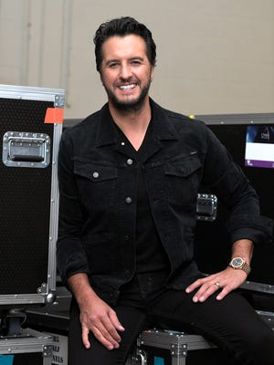 Portrait of Luke Bryan backstage at the Grand Ole Opry House on Nov. 14, 2017.
