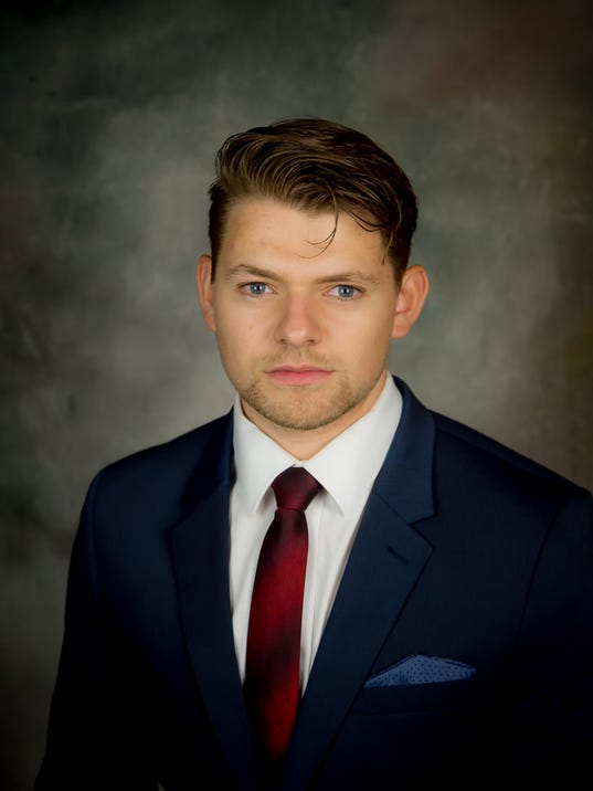 Jeff Smith Books Blog: SCSU Goalie Is A Canadian Who Played Prep Basketball
