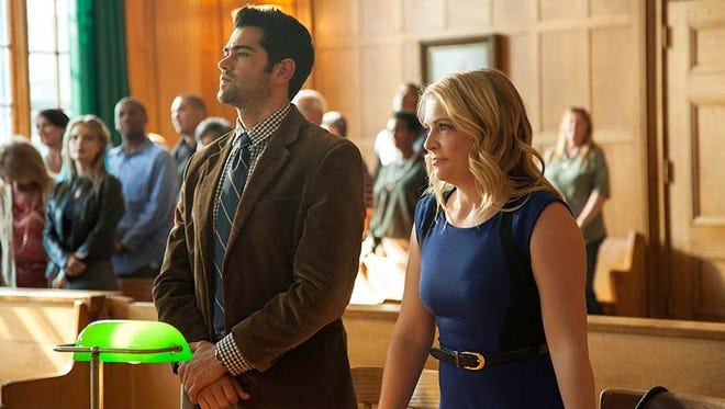 """Jesse Metcalfe and Melissa Joan Hart star in """"God's Not Dead 2."""""""