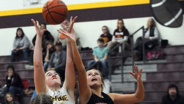 State-ranked Berne Union overcomes 10-point halftime deficit to avoid upset against Rosecrans