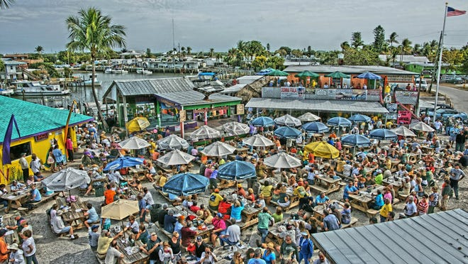 Stan's Idle Hour serves as a popular destination for boaters on Sunday afternoons.