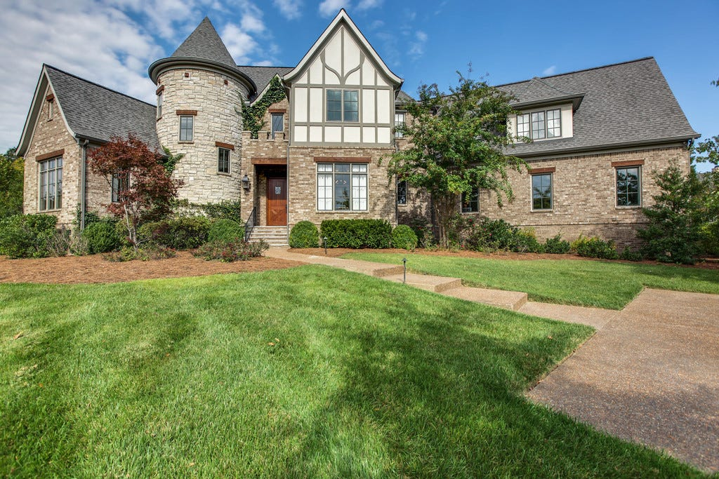 Million dollar medieval style homes in williamson county for 7 million dollar homes for sale