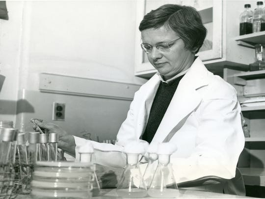 Early in her career, Mary Bunting conducted research on the effects of radiation on bacteria.