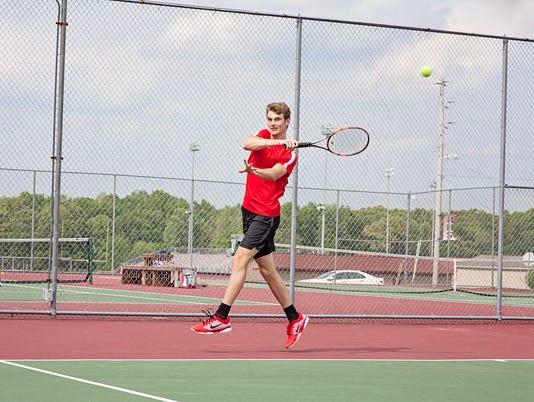 636328891673251010-Rossview-Tennis-Logan-Miller-2-.jpg