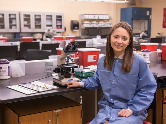 Karina Pizzelanti, student for School of Health and Related Professions at the Bergen Building teaching lab.