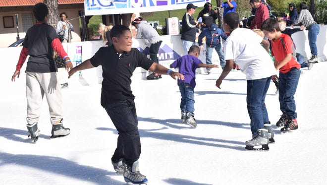 Ice skating turned out to be the main attraction of Alexandria's newest festival Alex Winter Fete last year. An outdoor ice skating rink with real ice was built in the parking lot behind Alexander Fulton Mini Park in downtown Alexandria.