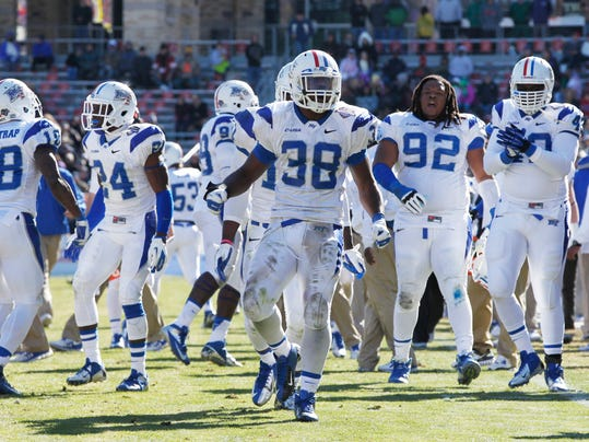 NCAA Football: Armed Forces Bowl-Middle Tennessee vs Navy