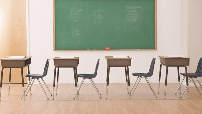A report finds the nation's most segregated school district border sits between Detroit and the Grosse Pointes.