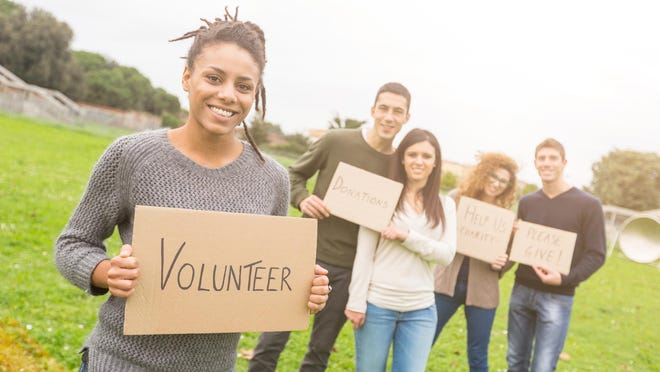 Volunteering can provide students with new experiences and insights.