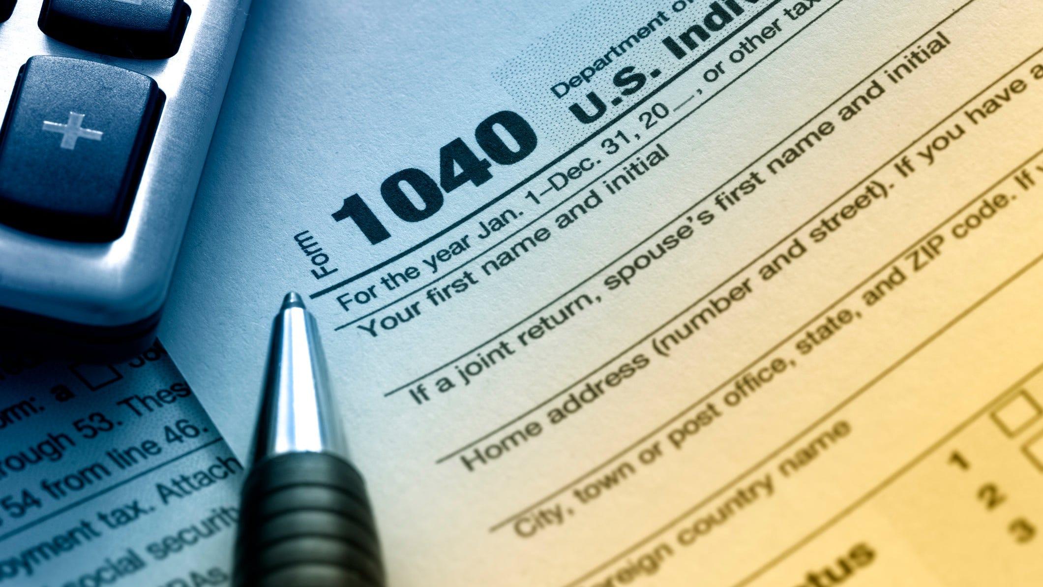 Taxes 2020 Irs Says It Will Accept Tax Returns Starting Jan 27