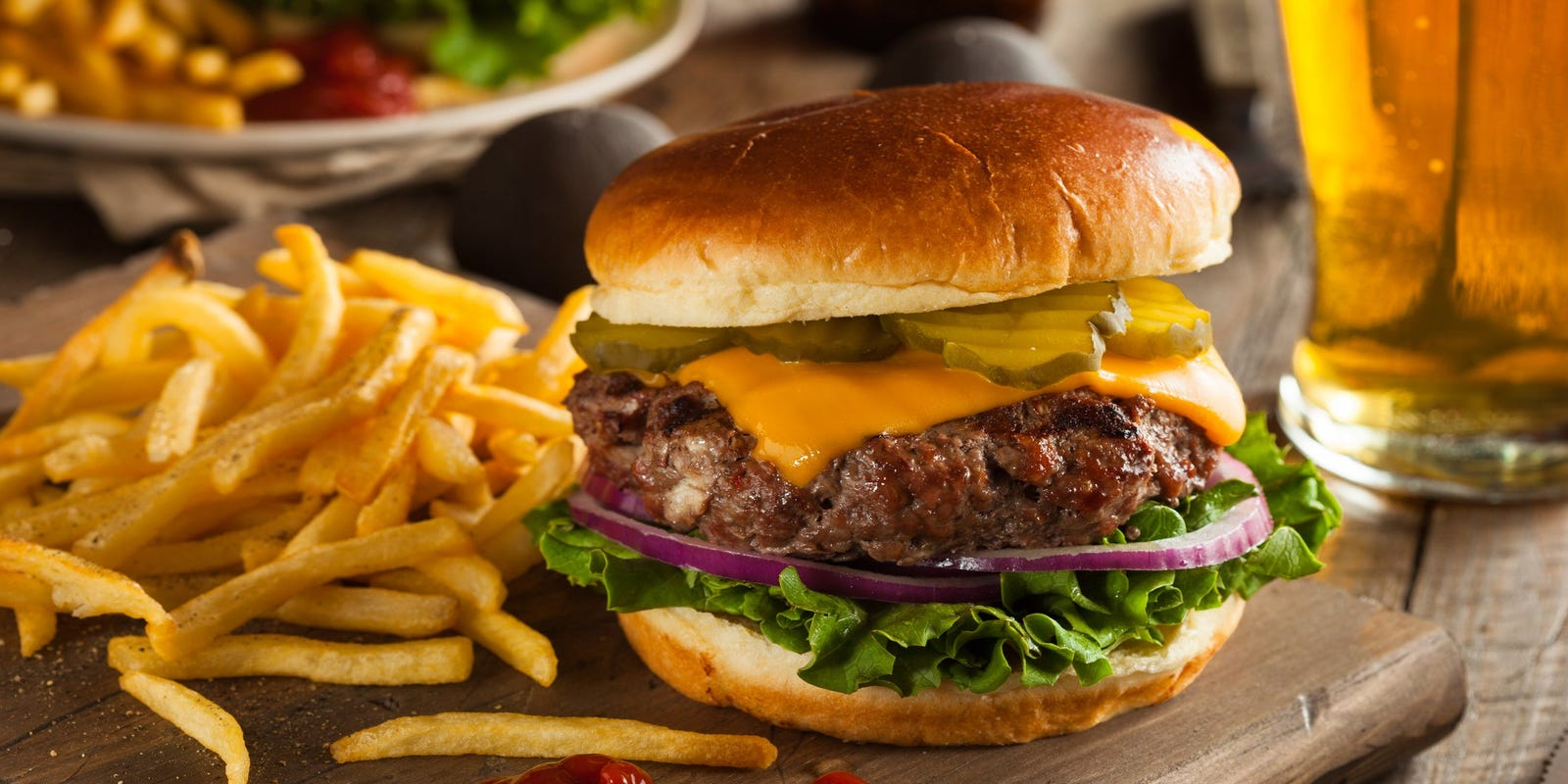 National Cheeseburger Day 2020: Find deals and free food Friday at McDonald's, Applebee's and more