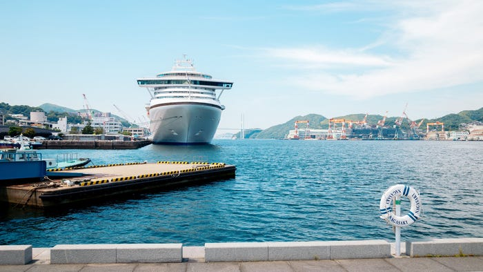 Cruisers not deterred by coronavirus pandemic, still booking future voyages, experts say