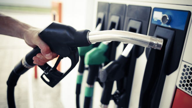 Five weeks of falling gas prices in Florida are projectedto plunge the cost at the pump lower than $2 a gallon by the weekend.
