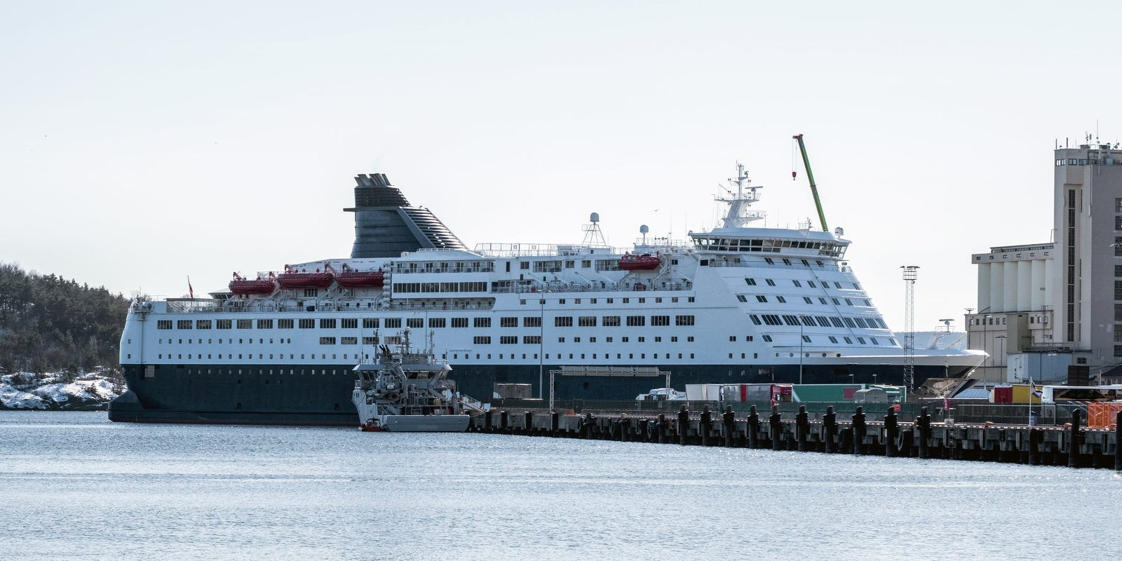 Congress probing White House influence over CDC's cruise 'no-sail' ord... image