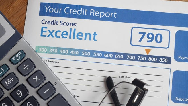 Credit report showing credit score of 790 and excellent rating.